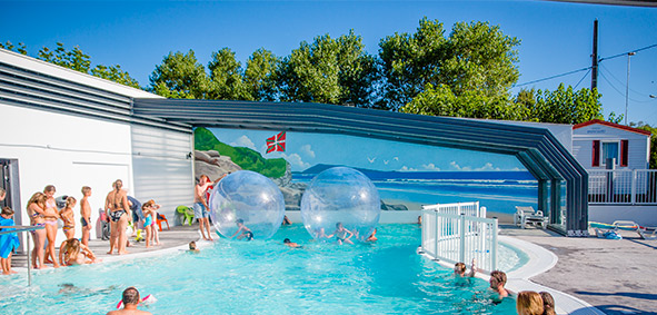 campsite with swimming pool supervised Basque Country